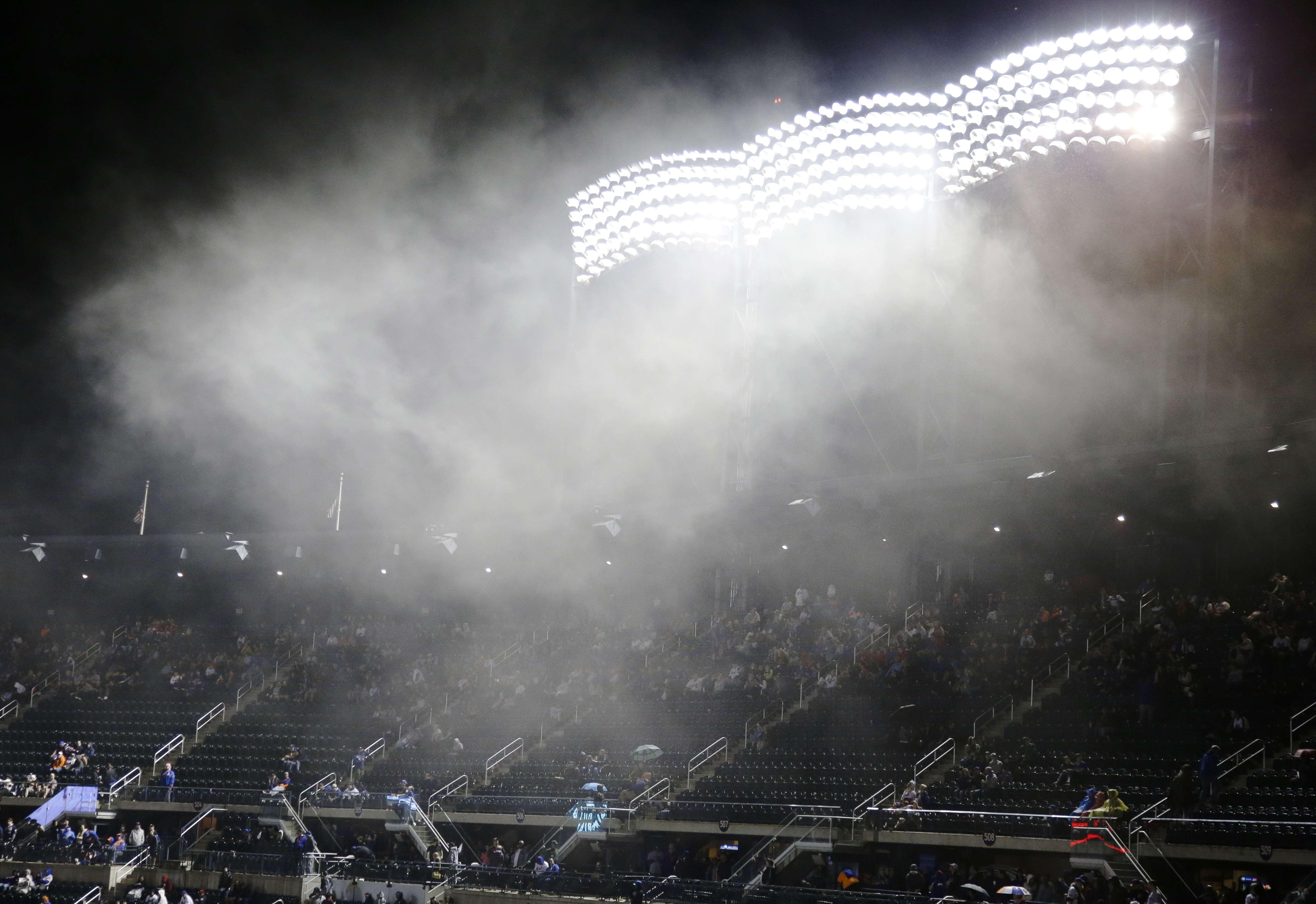 Posponen por lluvia partido entre Marlins y Mets