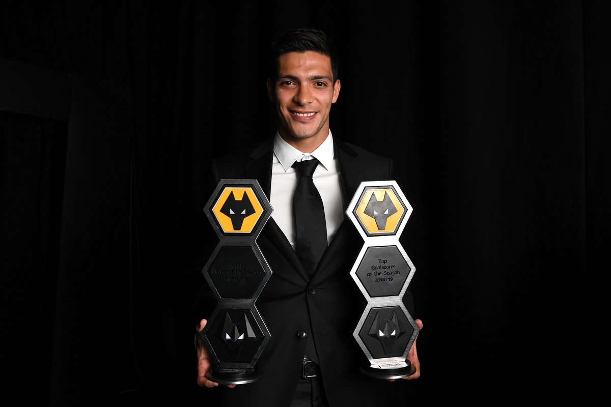 Raúl Jiménez, elegido el mejor jugador de Wolverhampton