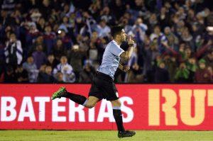 Suárez y Uruguay vuelven a Brasil, Ecuador les toma el pulso