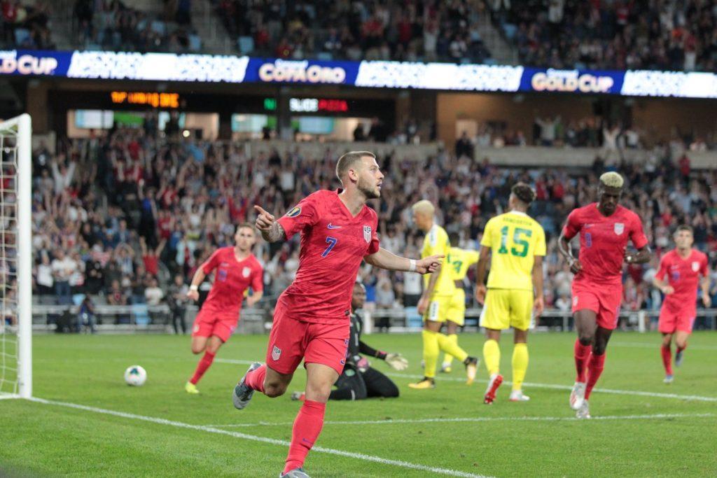 Estados Unidos se impone 4-0 a Guyana en Copa Oro