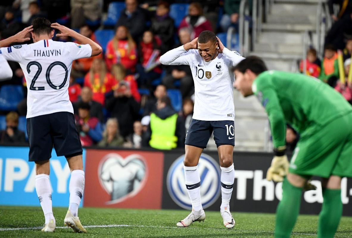 Mbappe logra su gol 100 y supera a Messi y Cristiano