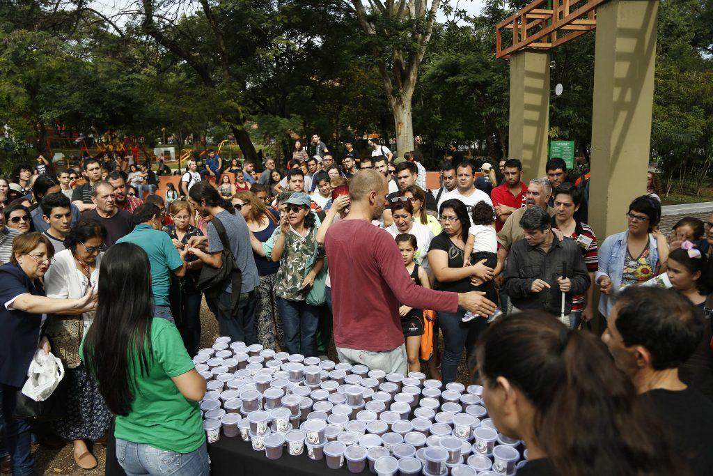 ONG paraguaya regala semillas de marihuana