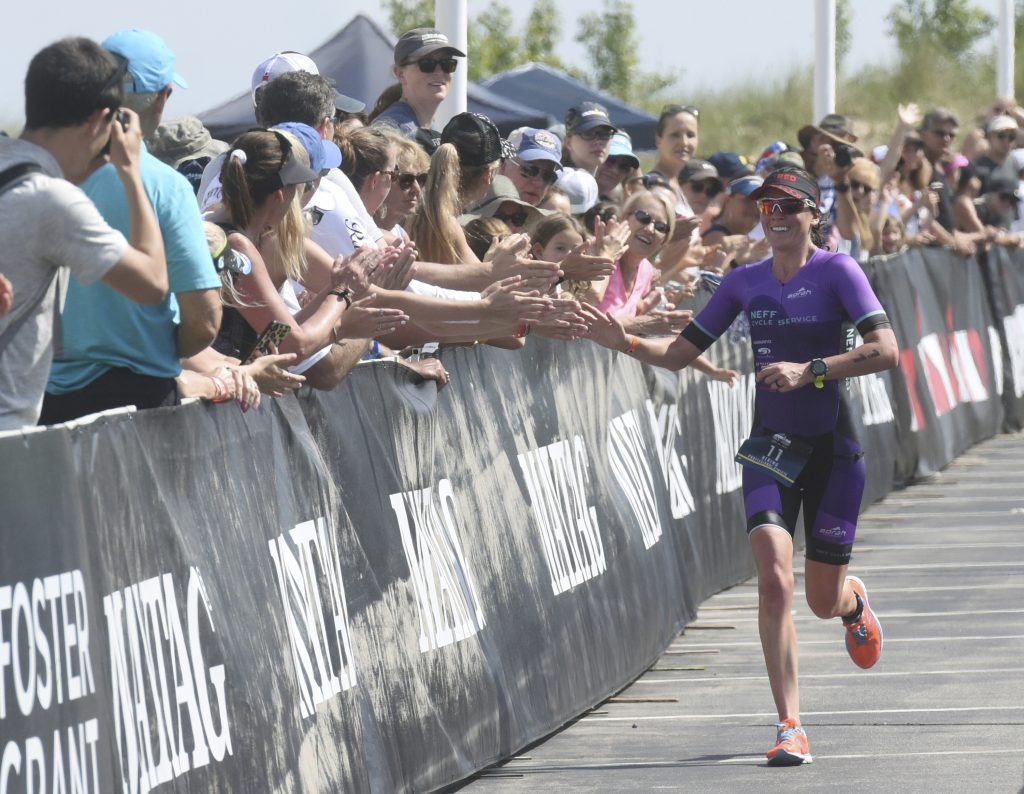 Calor extremo obliga a cancelar triatlón de NY
