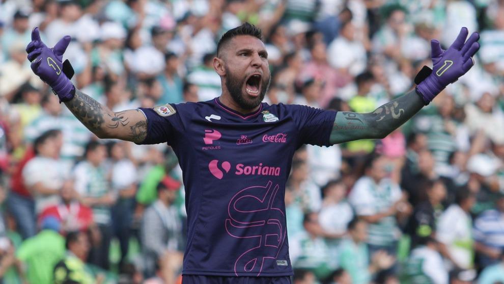Jonathan Orozco aspira levantar título como capitán de Santos