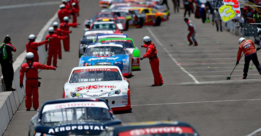 Todo listo para carrera nocturna de NASCAR México en Chihuahua