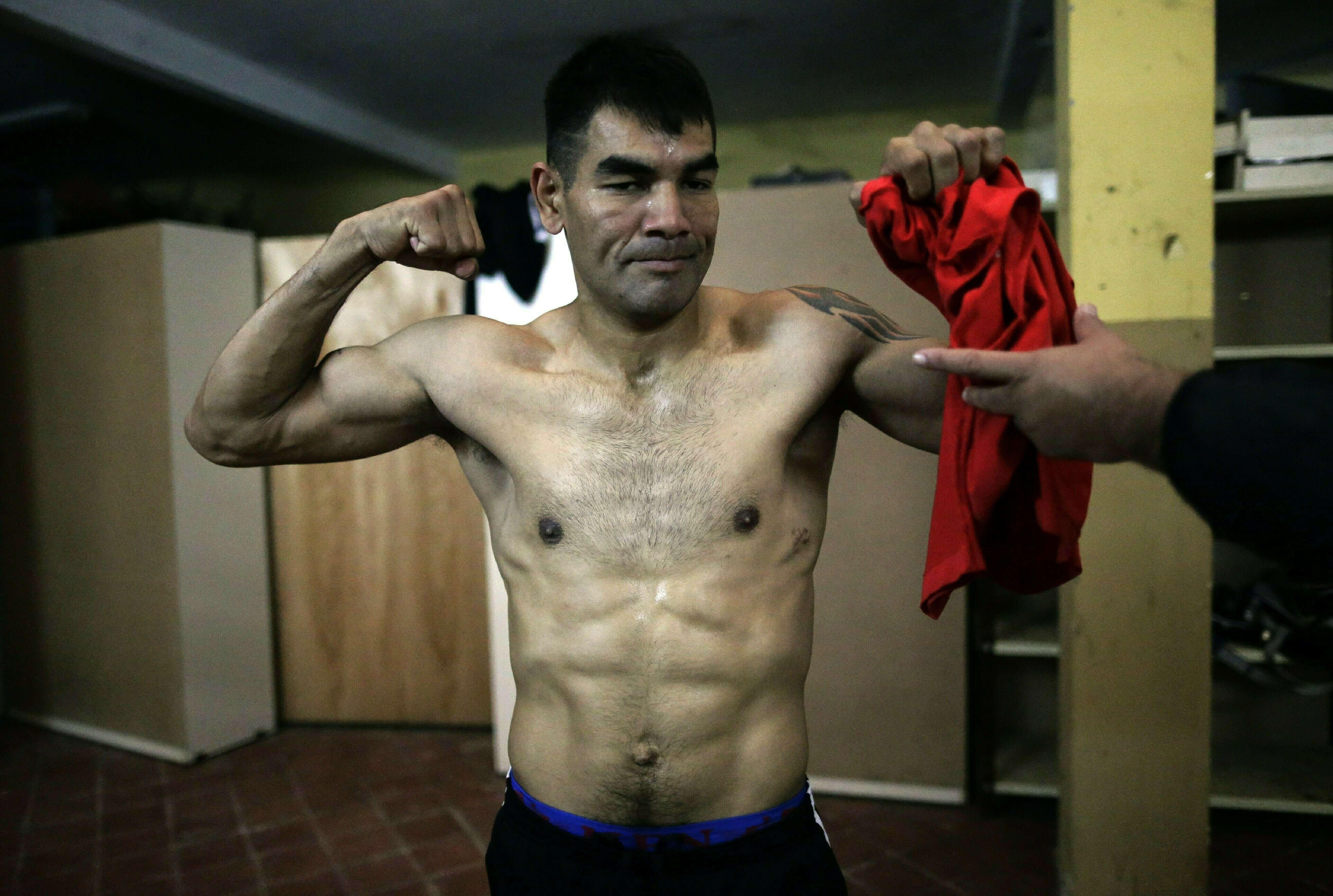Conquista título boxeador paraguayo en prisión