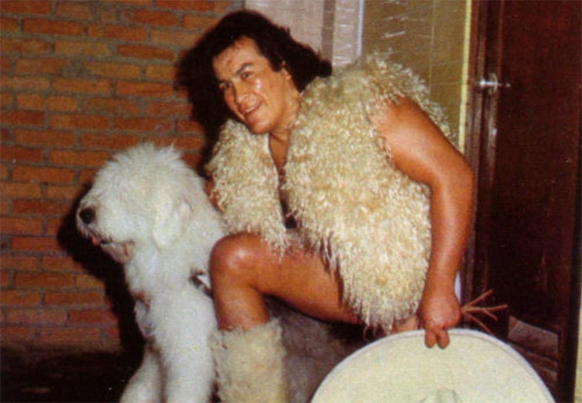 El Perro Aguayo se reúne con su hijo
