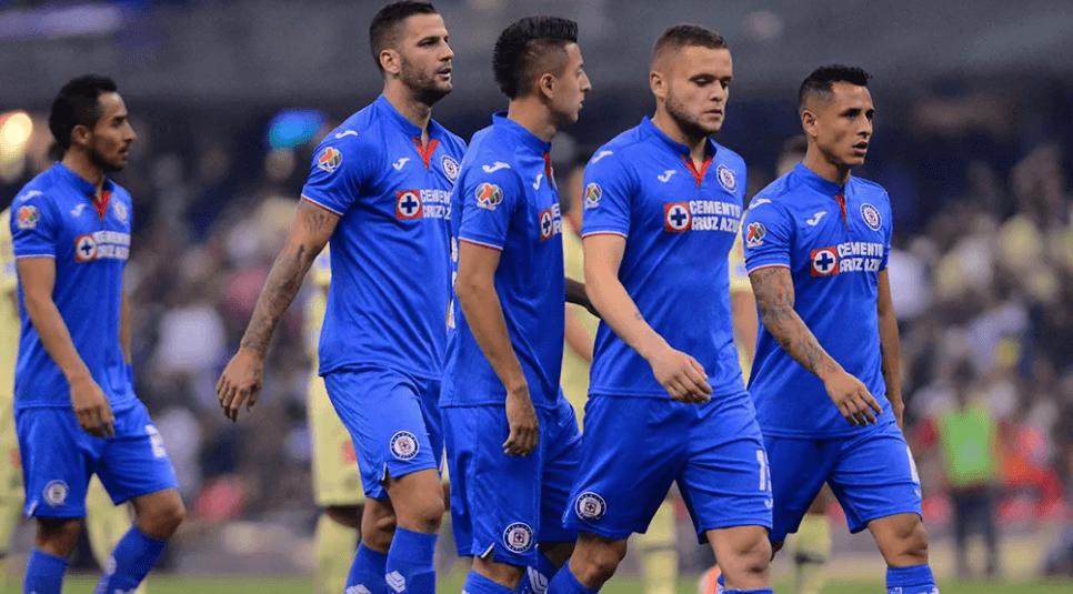 Cruz Azul ya entrena con equipo completo en Estados Unidos