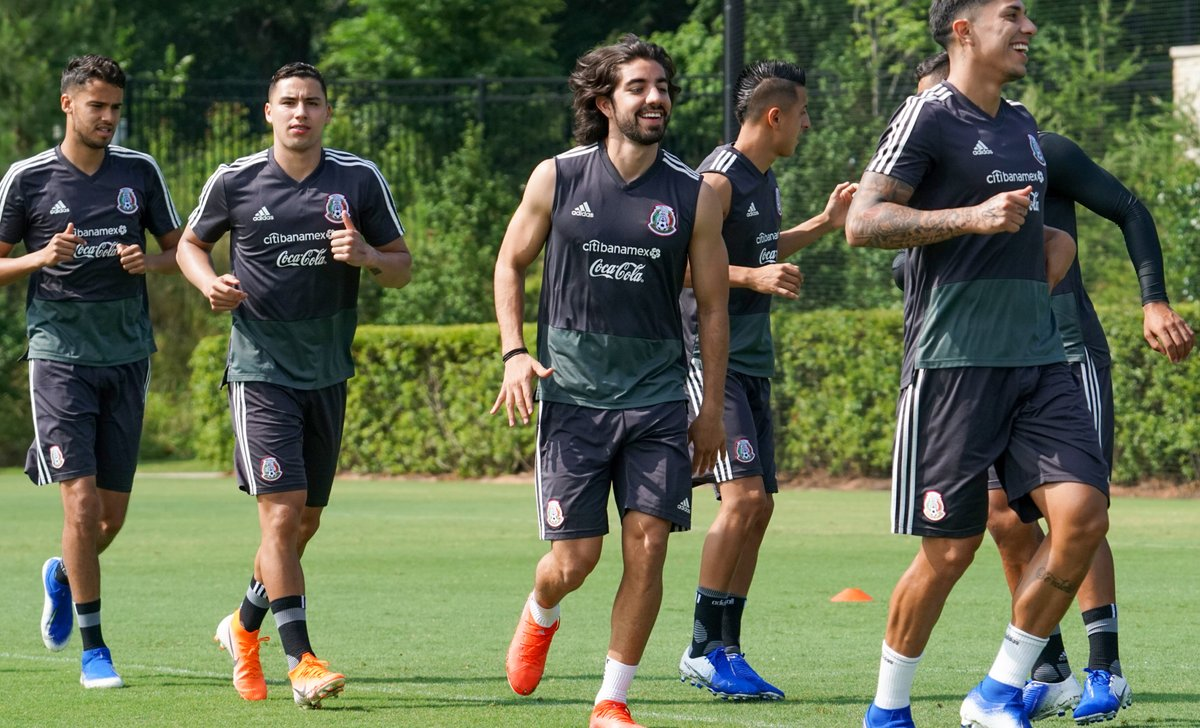 Monterrey dispuesto a bajar la cláusula de rescisión a Pizarro