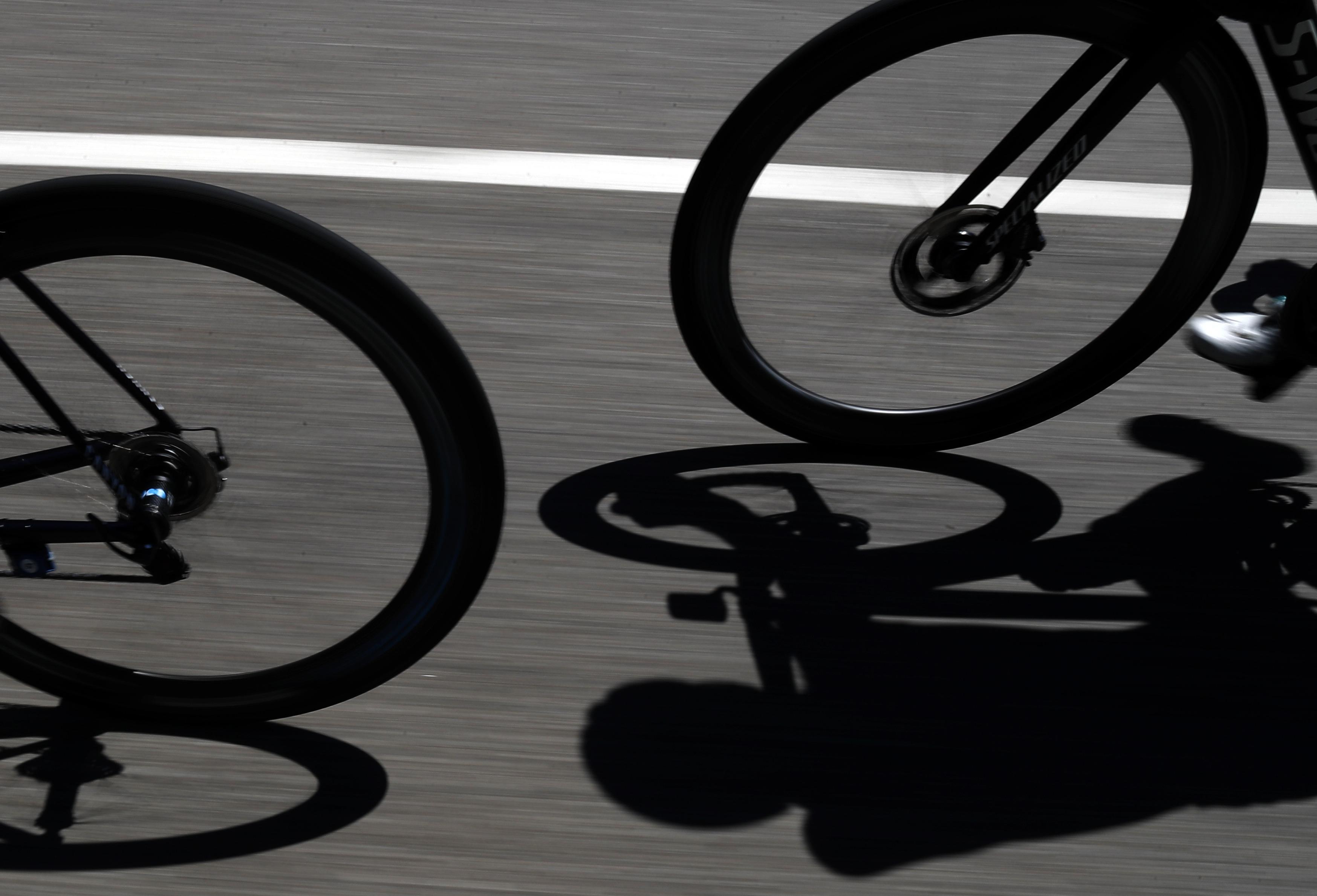 Bevin, 1ro en retirarse del Tour de Francia tras caída
