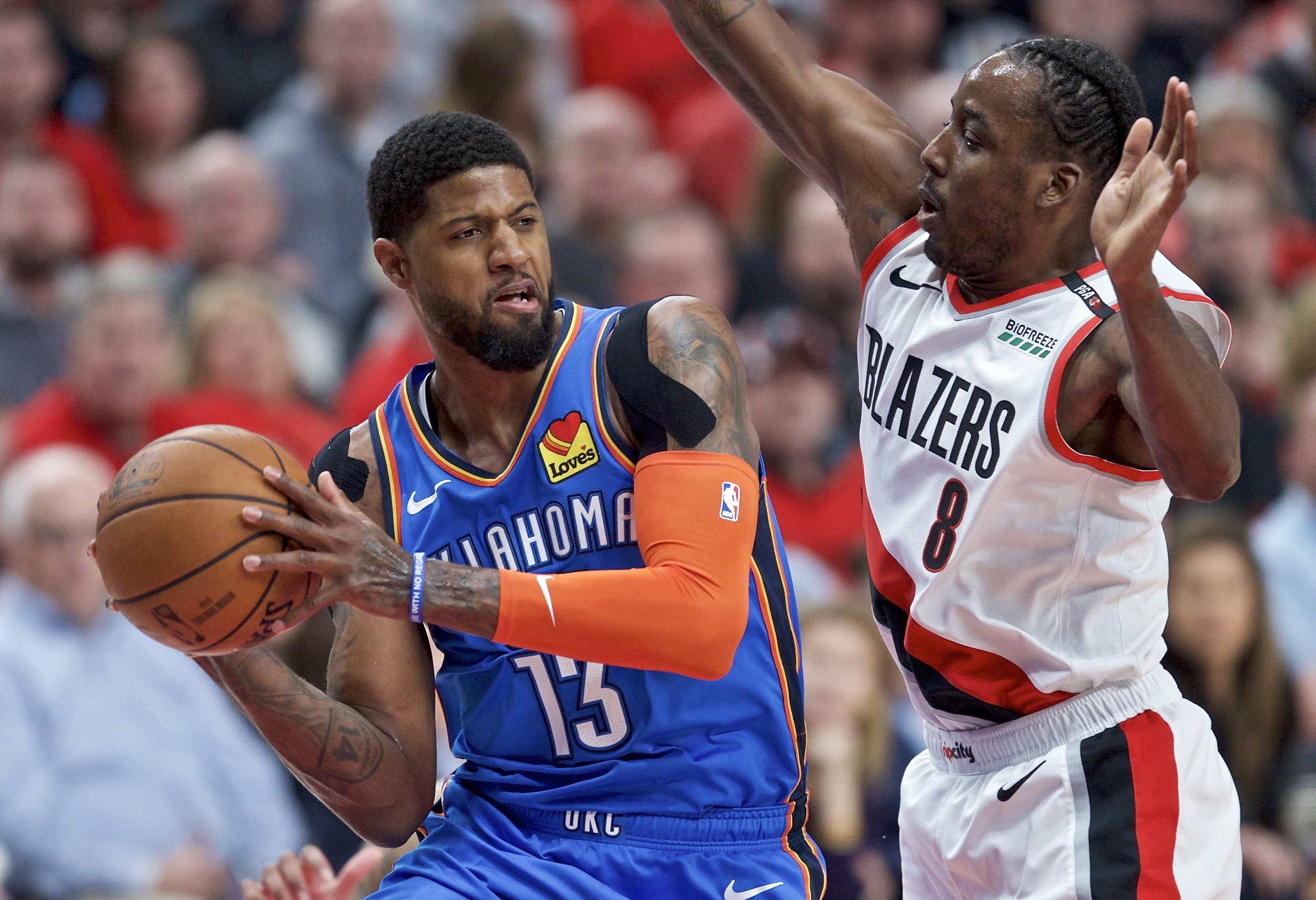 Fuente AP: Clippers adquieren a George, firmarán a Leonard