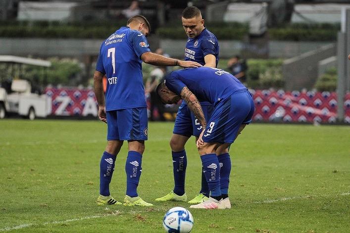 Cruz Azul sufre y empata en casa contra Puebla; Jesús Corona el héroe