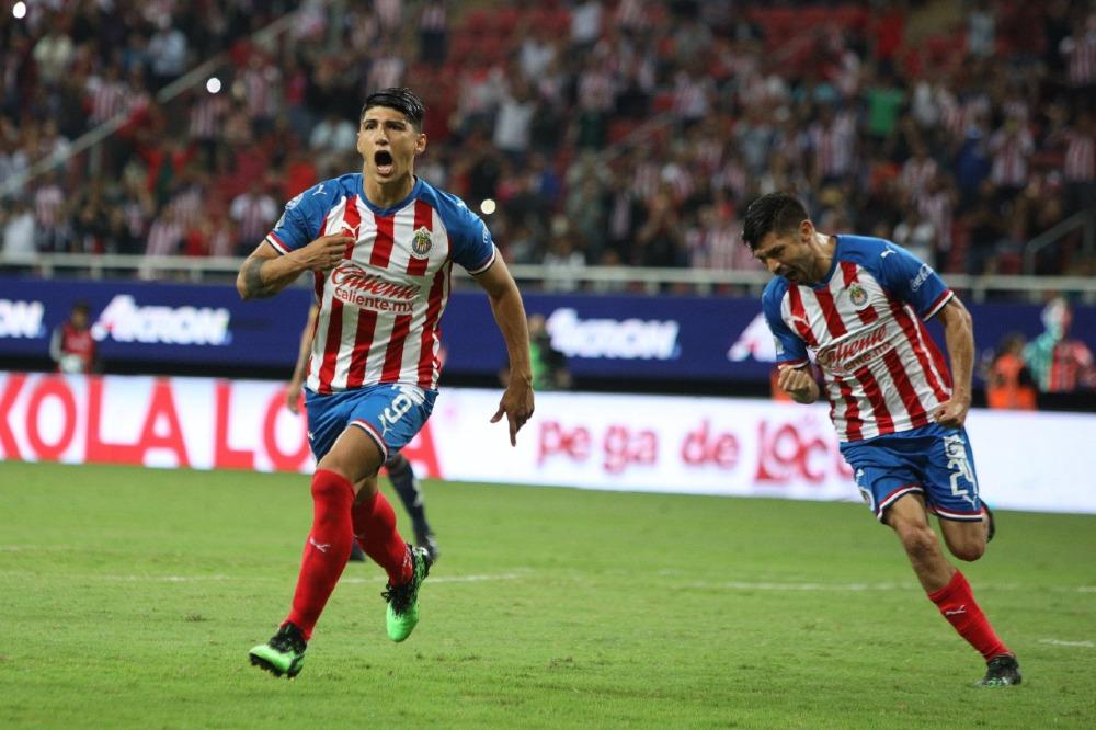 Chivas registra uno de sus mejores inicios goleadores en torneos cortos