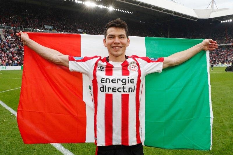 'Chucky' Lozano ya está en Italia para firmar con el Napoli