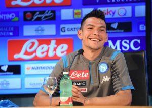 'Chucky' Lozano fue presentado oficialmente con el Napoli