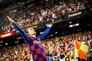 LeBron James felicitó a Griezmann por su celebración en el Camp Nou