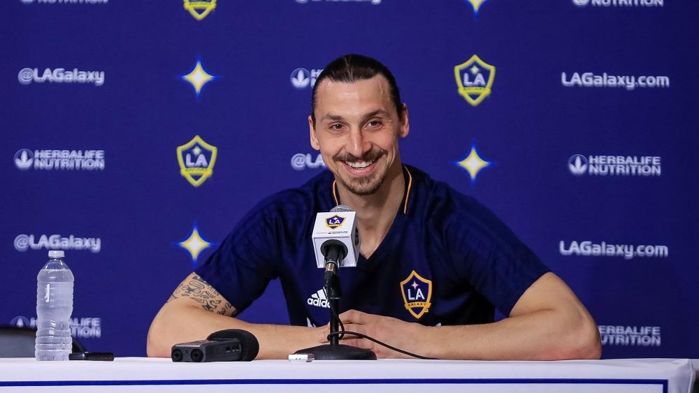 Ibrahimovic asegura que recibió ofertas de clubes mexicanos