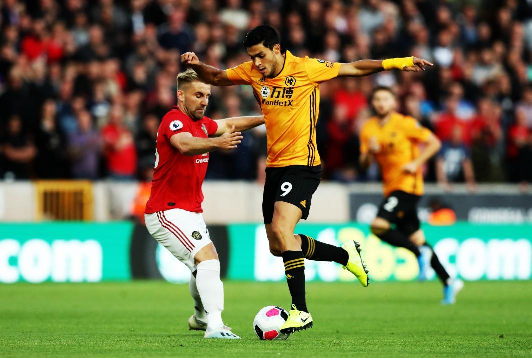 Wolverhampton y Jiménez van por ventaja sobre Torino en Liga Europea