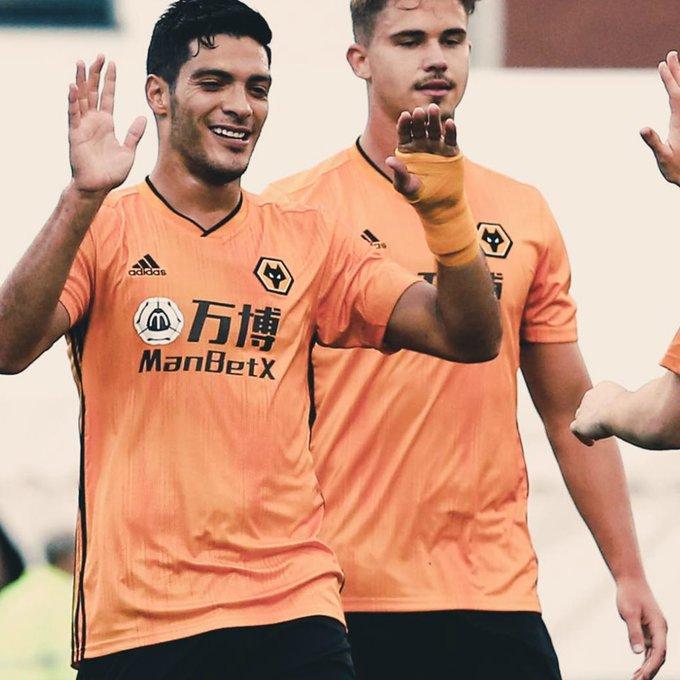 Wolverhampton y Raúl Jiménez se encaminan a fase de grupos de la Europa League