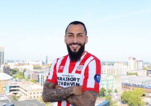 PSV hace oficial la llegada de Mitroglou como reemplazo del Chucky Lozano