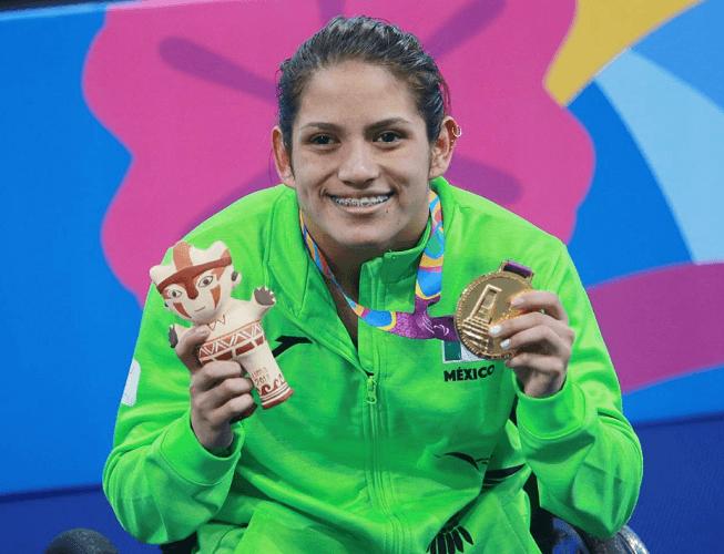 Nesbith Vázquez gana oro y bronce en natación de Parapanamericanos