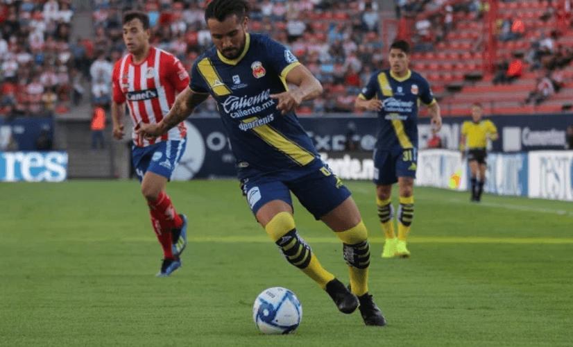 San Luis y Morelia empatan en juego con cuatro expulsados