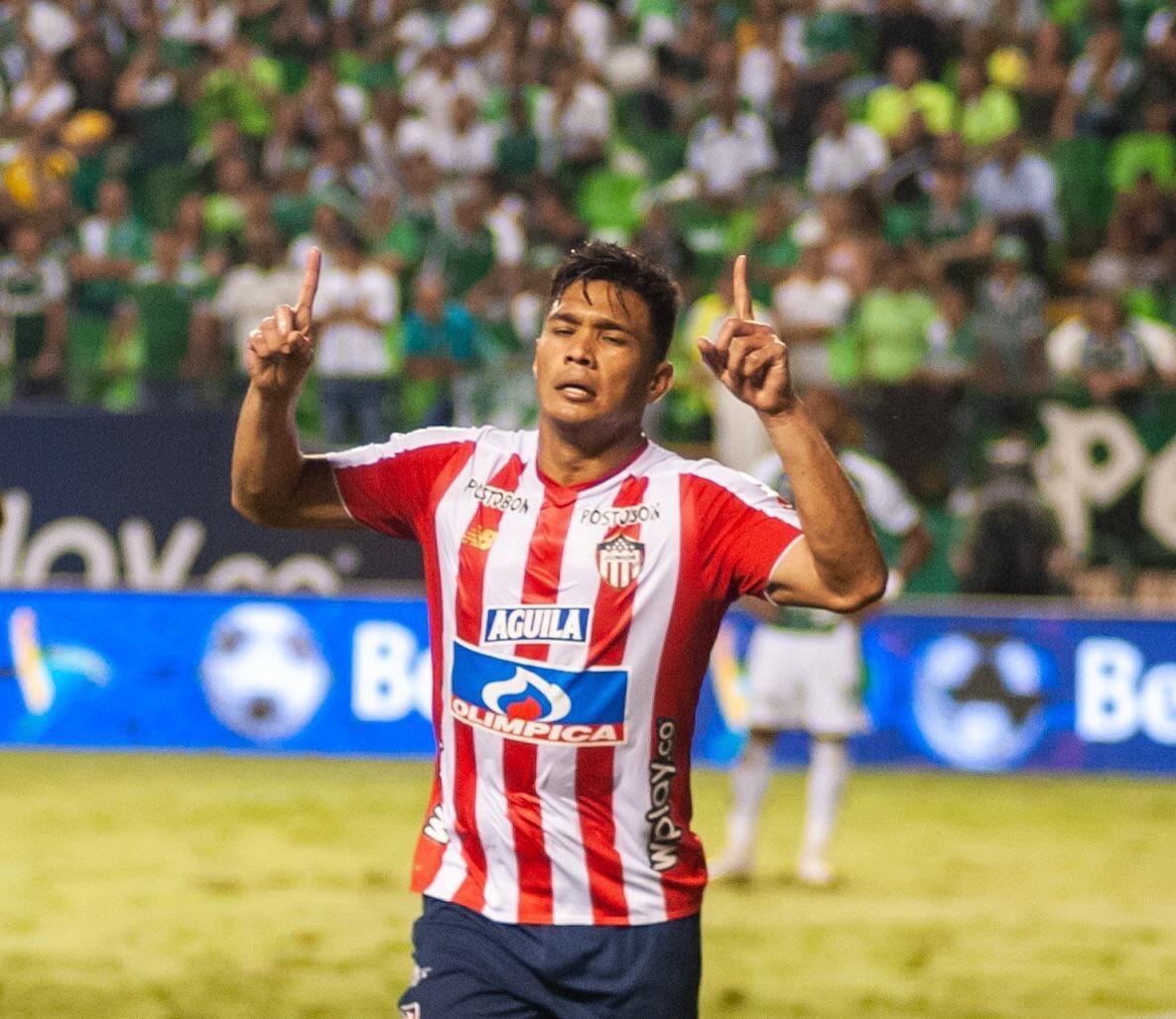 Coco Basile respondió a Teo Gutiérrez, quien lo había tachado de borracho