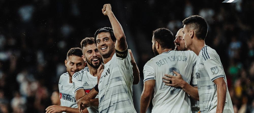 """Chicharito calificó como """"sobrado"""" a Carlos Vela por su gol con el LAFC"""
