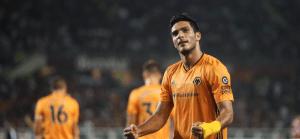 Wolves pone un pie en la Europa League con gran actuación de Raúl Jiménez