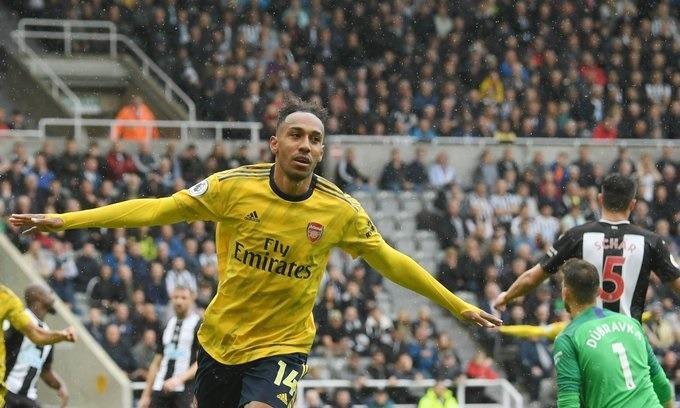 Arsenal rescata los tres puntos frente a Newcastle con gol de Aubameyang