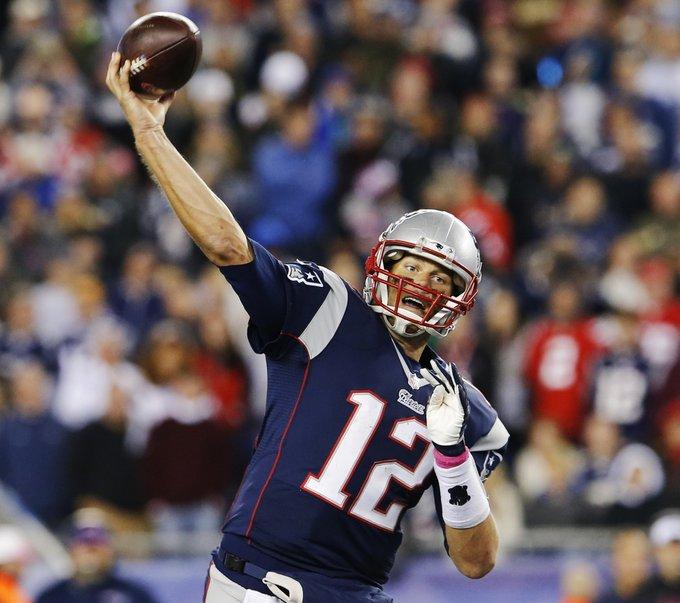 Tom Brady, el patriota mayor quiere extender su carrera