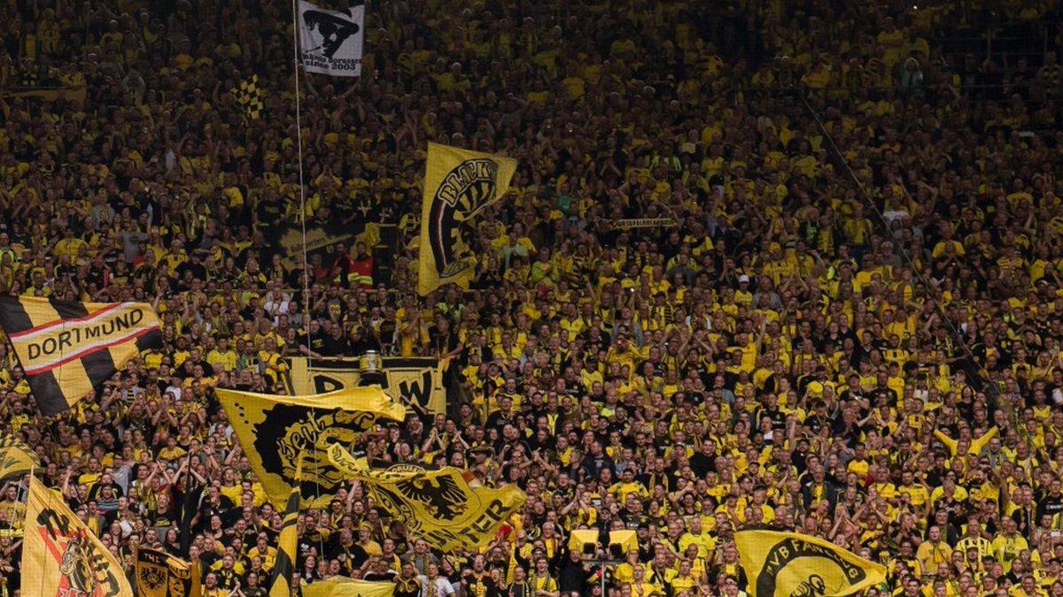 Así saludó el Borrusia Dortmund a sus rivales de grupo en la Champions League