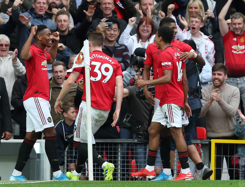 Manchester United apalea 4-0 al Chelsea en Old Trafford