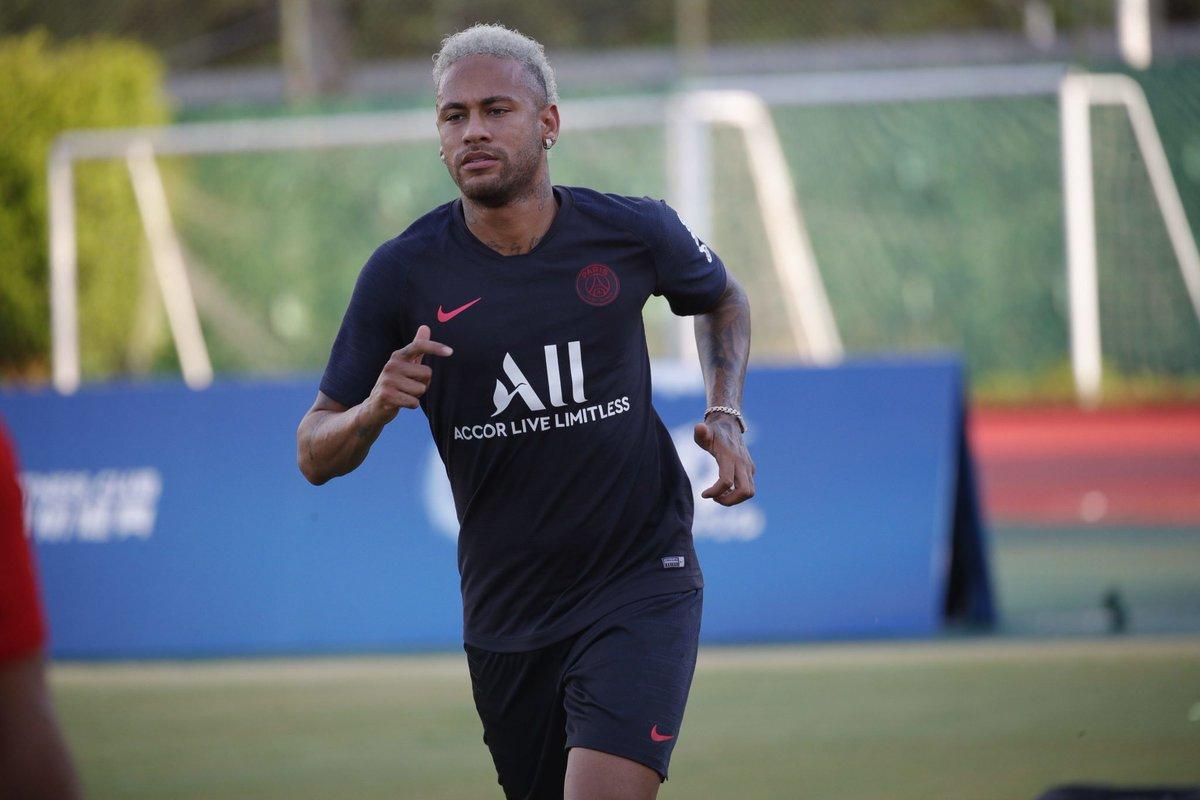 La llegada de Neymar al Barcelona podría resolverse este verano