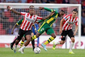 PSV inicia la Erevidisie con victoria; 'Chucky' Lozano y Guti titulares