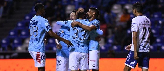 Pachuca se despacha 4-0 a los camoteros y peligra el Chelís