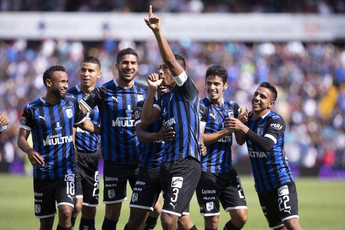 Cruz Azul continúa hundido y cae 3-0 contra Querétaro