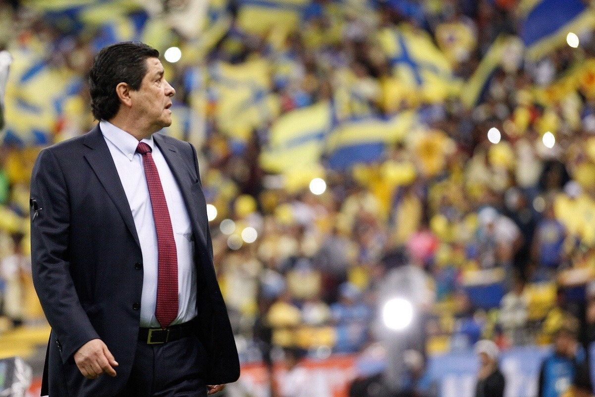 Pese a goleada en el Clásico, Luis Fernando Tena confía en el proceso de Chivas