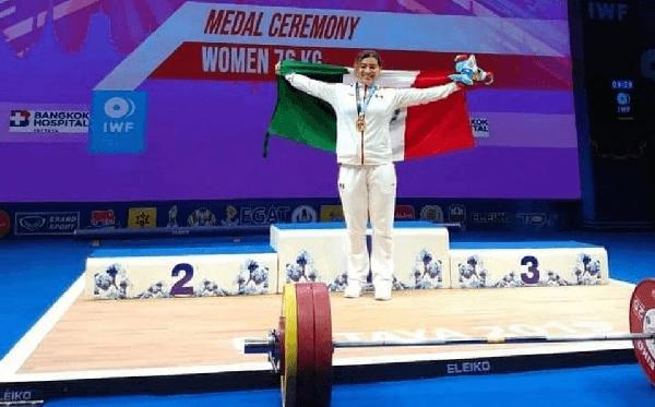 Chiapaneca Aremi Fuentes gana bronce en Mundial de Pesas de camino a Tokio