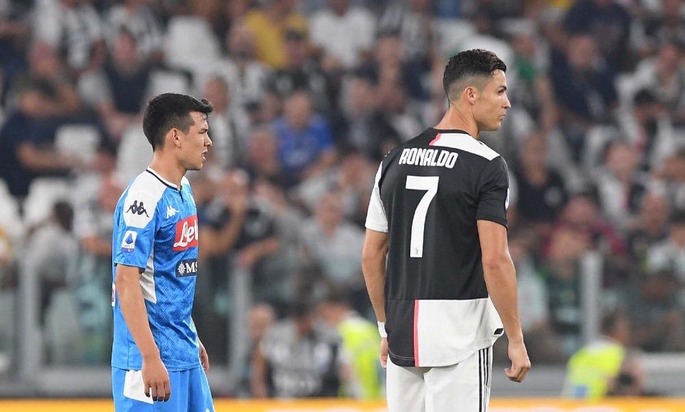 Cristiano Ronaldo felicitó al Chucky Lozano por su debut en la Serie A