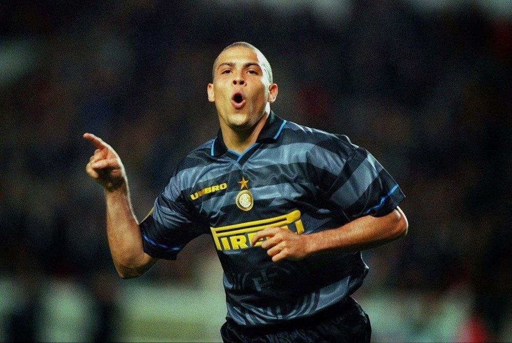 Inter de Milán presentó su tercer uniforme inspirado en Ronaldo