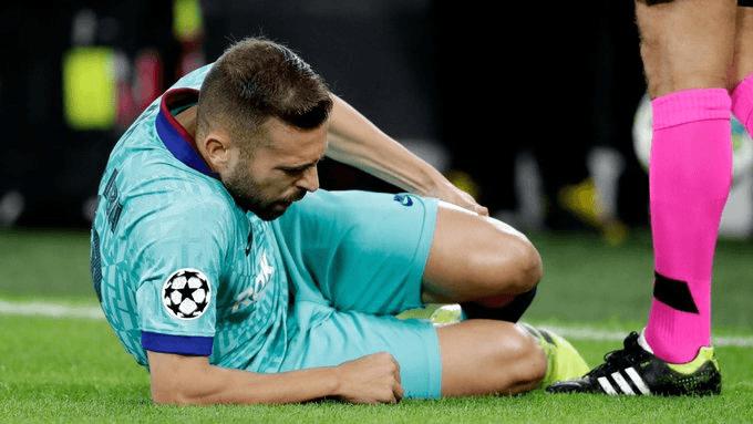 El defensa Jordi Alba sufre lesión muscular en muslo izquierdo