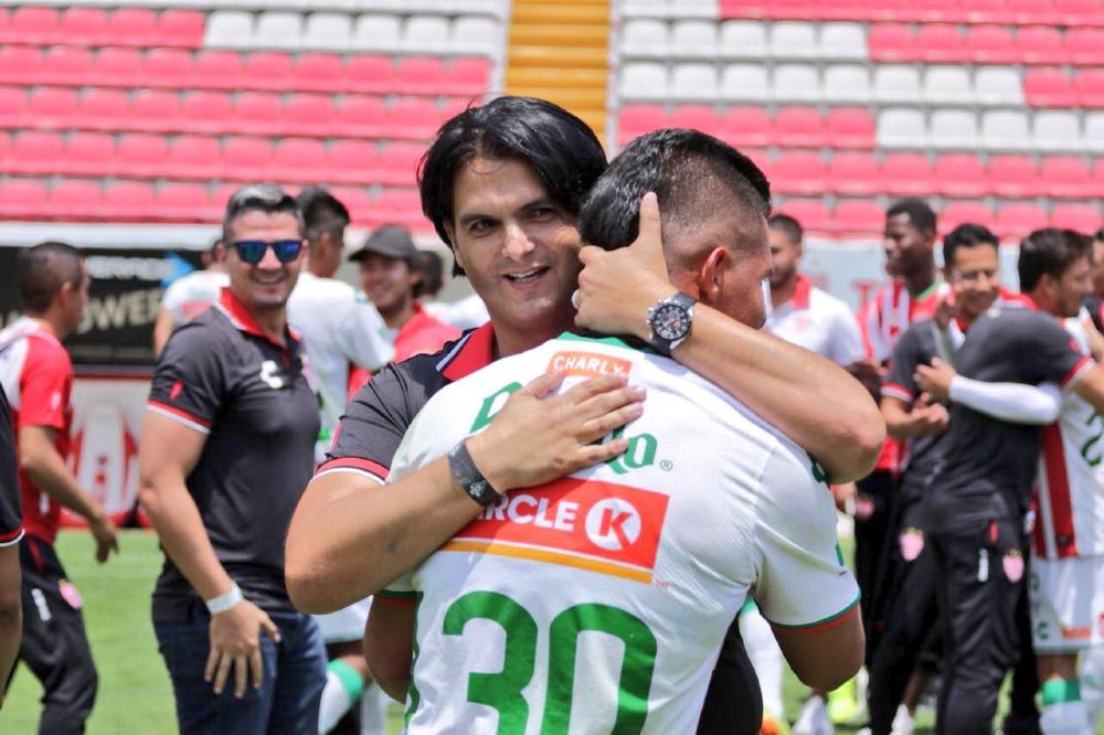 Necaxa anuncia la salida de su director deportivo Mario Hernández Lash