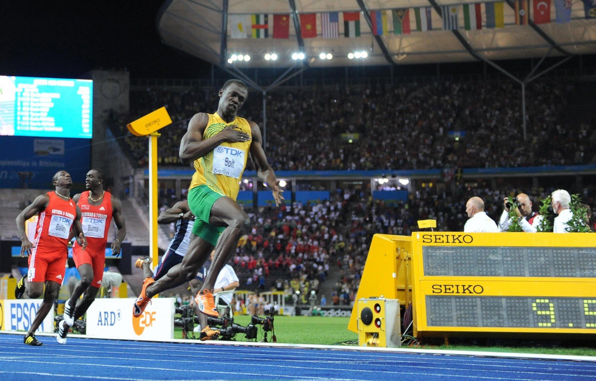 Usain Bolt eligió a los cuatro futbolistas más rápidos para una carrera 4×100