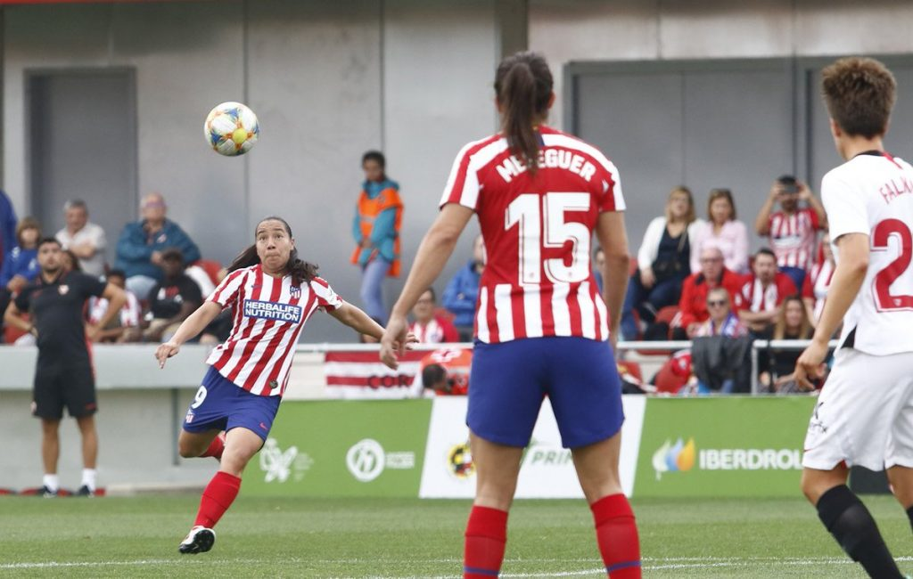 Megan Rapinoe le manda un mensaje a Charlyn Corral, goleadora del Atlético de Madrid