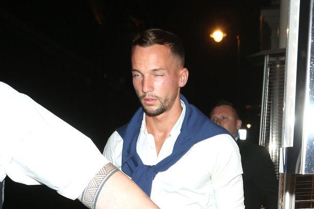 Dan tremenda golpiza a Drinkwater por acosar a la novia de otro jugador
