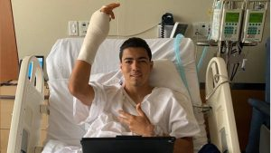 Erick Gutiérrez es operado con éxito tras fractura en la mano; será baja un mes