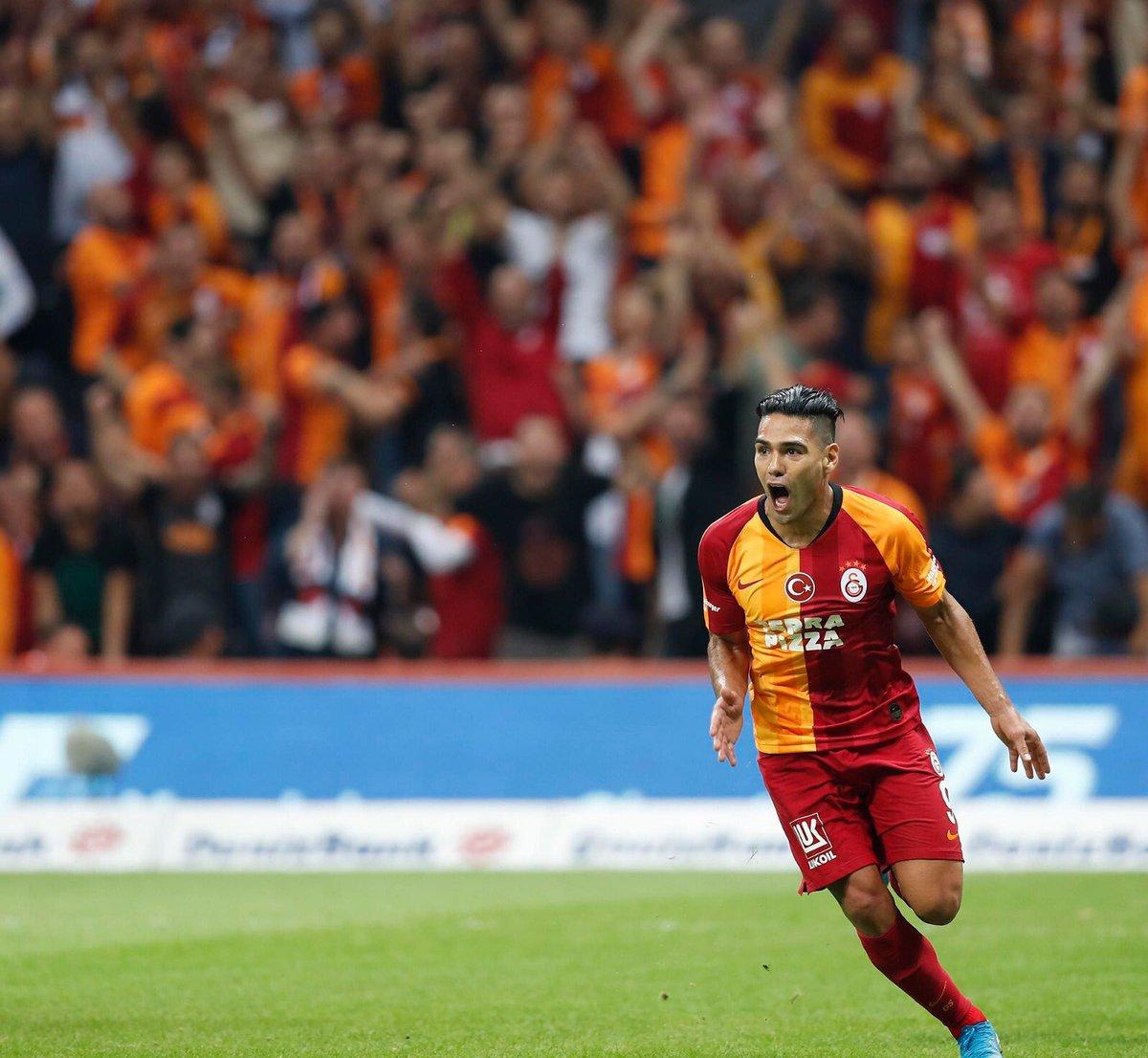 Debut de en sueño para Radamel Falcao con el Galatasaray
