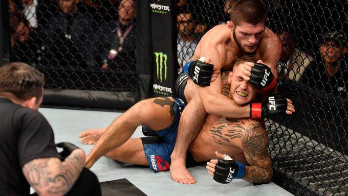 Khabib vence por sumisión a Poirier y se mantiene invicto en el UFC