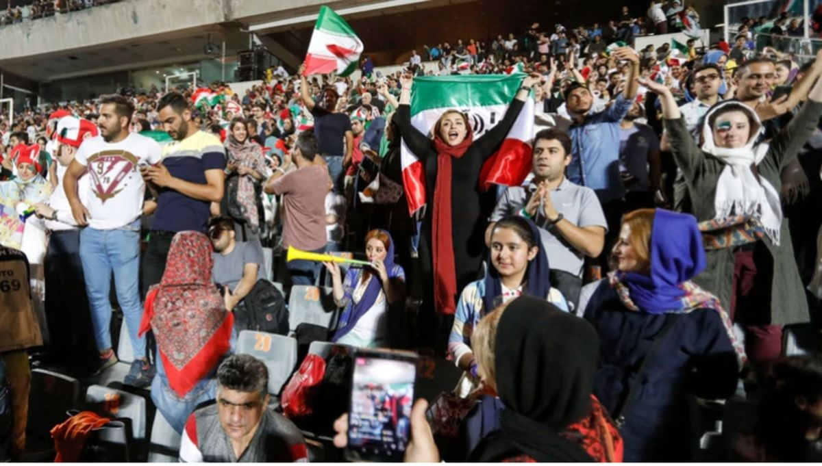 Mujeres en Irán podrán ingresar a los estadios de futbol